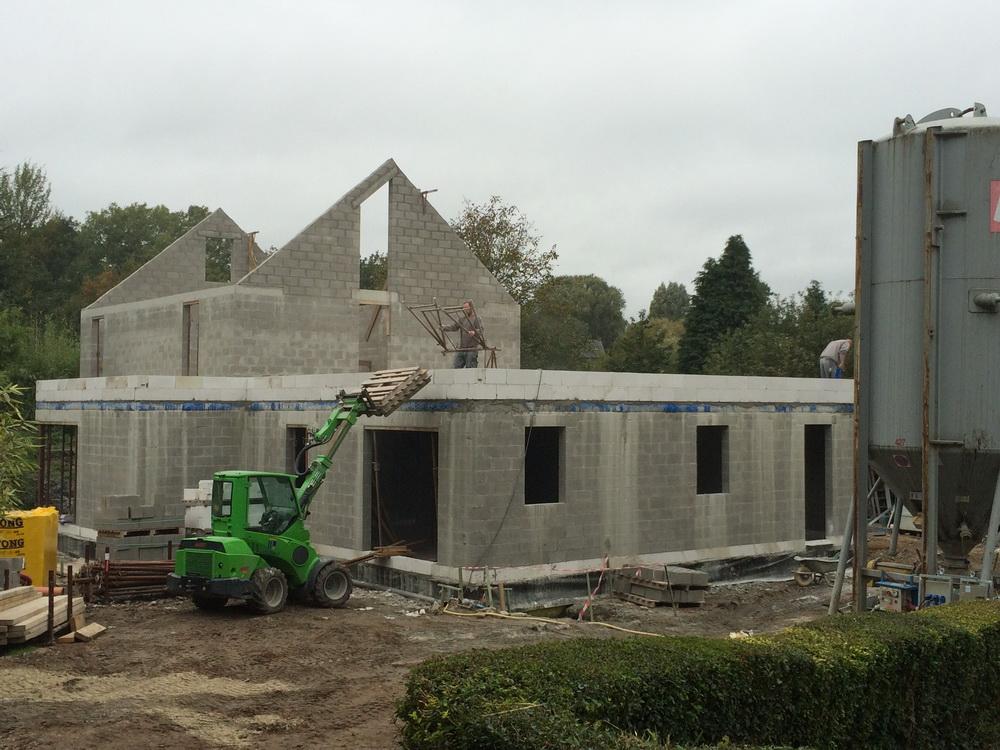 Hainaut r novation agrandissement d 39 une maison for Agrandissement maison 90